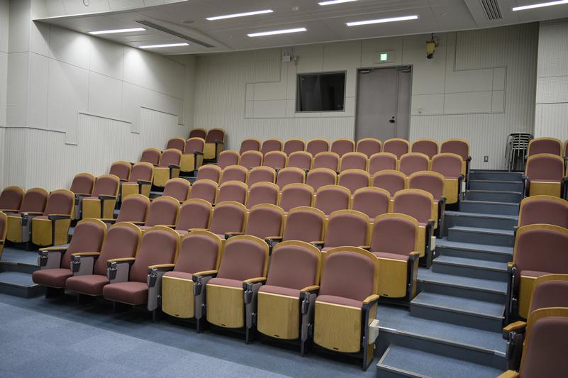 hall-010